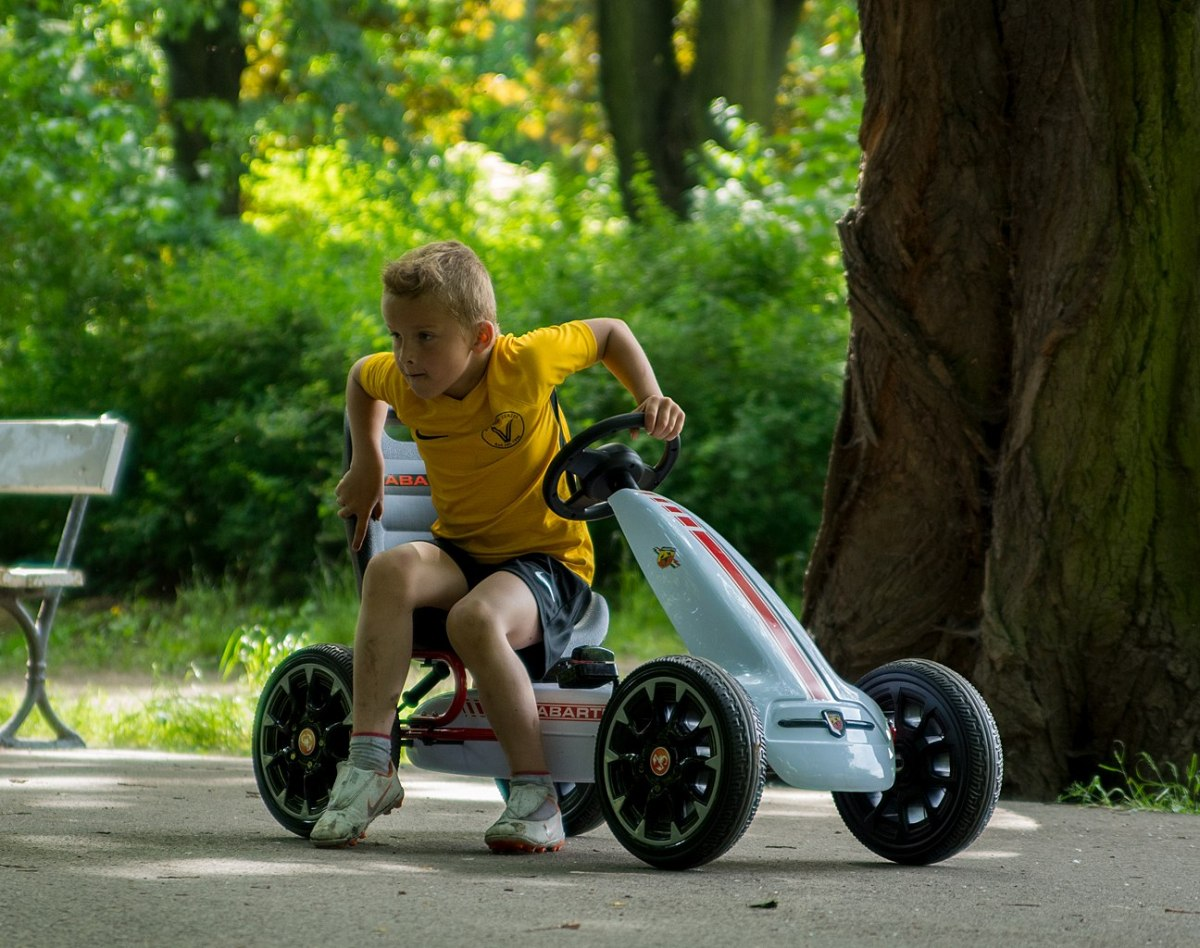 Milly Mally Gokart na pedały Abarth Black